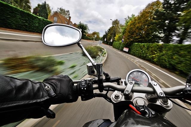 Rétroviseurs Moto : sont-ils obligatoires ?