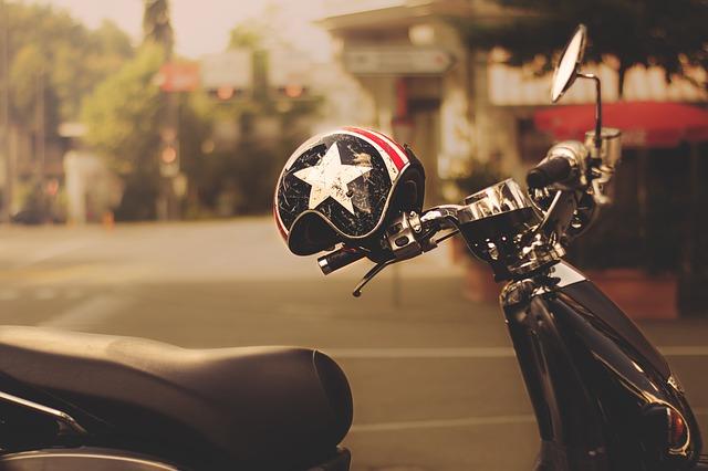 Des start-up veulent connecter les casques pour améliorer la sécurité des motards